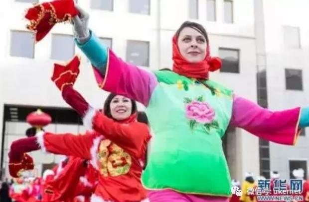 Tết của những người Trung Quốc xa xứ: Từ tổ chức Xuân Vãn ở xứ người đến các hoạt động Ăn Tết trực tuyến qua mạng Internet - Ảnh 6.