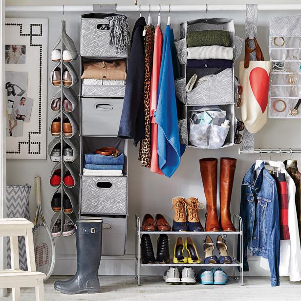 8 ý tưởng tiết kiệm khi bạn không có nơi nào để đặt hay mua một chiếc tủ quần áo - Ảnh 7.