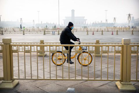 Hình ảnh đáng sợ về các thành phố ma ở Trung Quốc cho thấy quy mô chưa từng có của việc cách li 60 triệu dân vì virus corona - Ảnh 11.