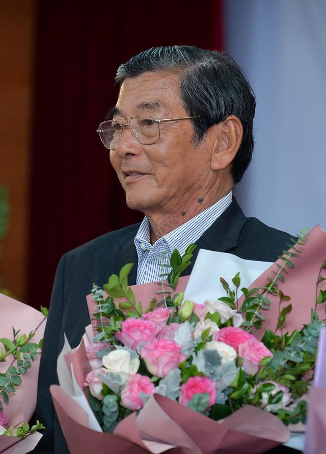Kỹ sư Hồ Quang Cua - Cha đẻ của giống gạo ngon nhất thế giới: Ban đầu mình tính làm chơi thôi! - Ảnh 2.