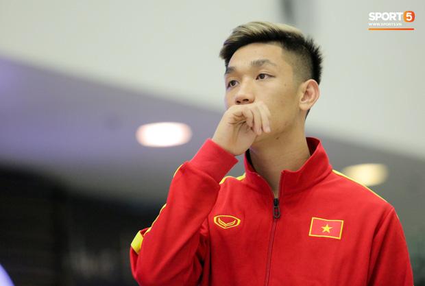 HLV Park Hang-seo gây bối rối khi chốt danh sách U23 Việt Nam: Không loại Đình Trọng, gạch tên cặp hot boy của CLB Viettel  - Ảnh 2.
