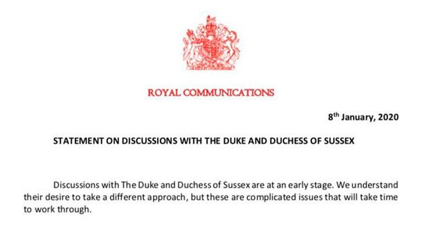 Nữ hoàng sốc toàn tập, cả hoàng gia Anh lao đao vì vợ chồng Meghan quyết định rời khỏi gia đình mà không hề thông báo trước - Ảnh 3.