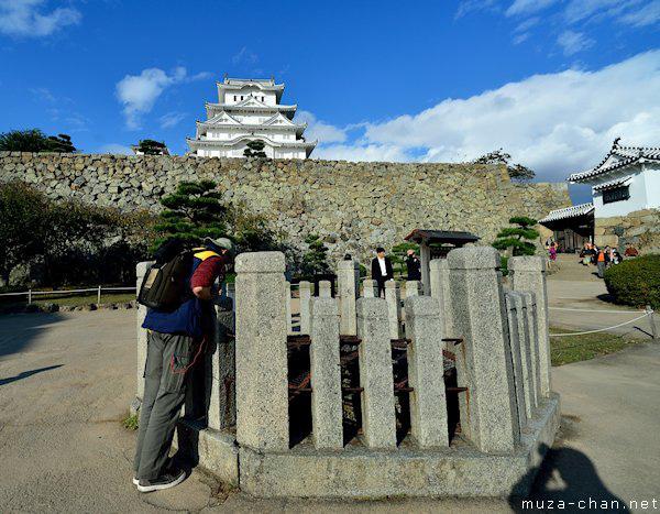 Tòa lâu đài trắng lung linh ở Nhật Bản chứa đựng bí ẩn về linh hồn của nữ người hầu bị chính người thương của mình giết chết tại đây - Ảnh 6.