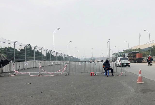 Soi mặt đường đua F1 Mỹ Đình có tốc độ 300km/h  - Ảnh 2.