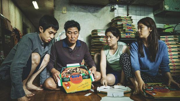 """Bong Joon Ho: """"Đằng sau vẻ hào nhoáng của Hàn Quốc là những người trẻ chìm trong tuyệt vọng"""" - Ảnh 6."""