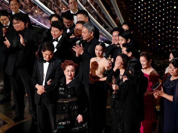 Mỹ nhân Ký sinh trùng Jo Yeo Jeong: Bị bạn trai bỏ vì phim 18+, bố lừa đảo và con đường đến với kỳ tích tượng vàng Oscar - Ảnh 12.
