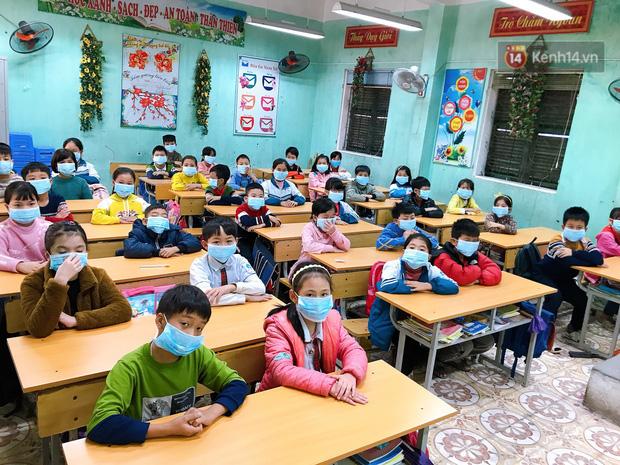 Bộ GD&ĐT: Xem xét cho học sinh, sinh viên cả nước đi học lại từ 2/3 - Ảnh 1.