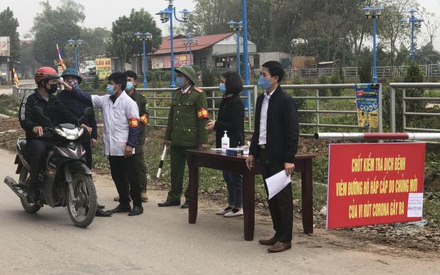Toàn cảnh Việt Nam kiểm soát dịch COVID-19 ngay từ những ngày đầu bùng phát trên thế giới - Ảnh 5.