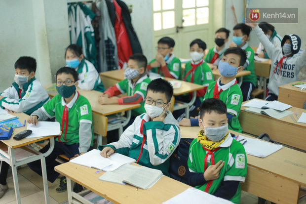 Nóng: TP.HCM đề xuất học sinh mầm non đến THCS, THPT nghỉ đến 15/3 (trừ cuối cấp) - Ảnh 1.