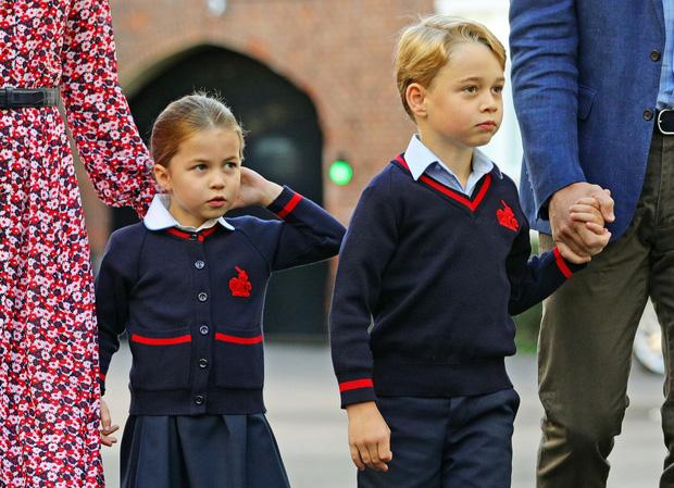 Trường học của 2 con Công nương Kate và Hoàng tử William nghi nhiễm virus corona, 4 học sinh bị cách ly - Ảnh 3.