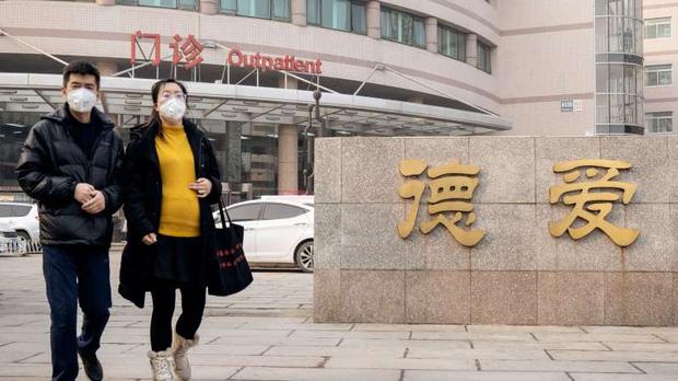 """""""Muốn khóc 100 lần mỗi ngày"""": Nỗi hoang mang và cô độc ít ai hiểu của những thai phụ Trung Quốc thời dịch virus corona - Ảnh 2."""