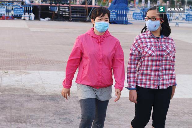 Nha Trang sau ca nhiễm virus corona đầu tiên từ người sang người: Không còn người Hoa, cửa hàng đóng vì ế ẩm - Ảnh 14.
