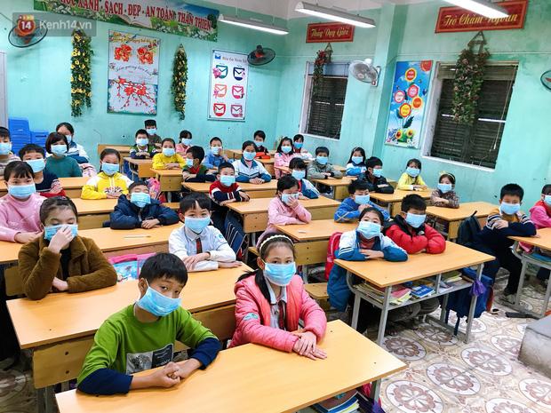 Học sinh được nghỉ 1 tuần phòng dịch virus Corona, phụ huynh phân công: Lương ai thấp hơn thì ở nhà trông con - Ảnh 5.