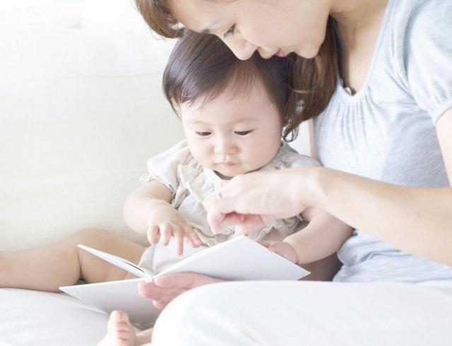 Nhìn bức ảnh chụp não bộ của hai đứa trẻ: thường xuyên đọc sách và thường xuyên xem điện thoại, cha mẹ sẽ biết mình nên làm gì với con - Ảnh 5.