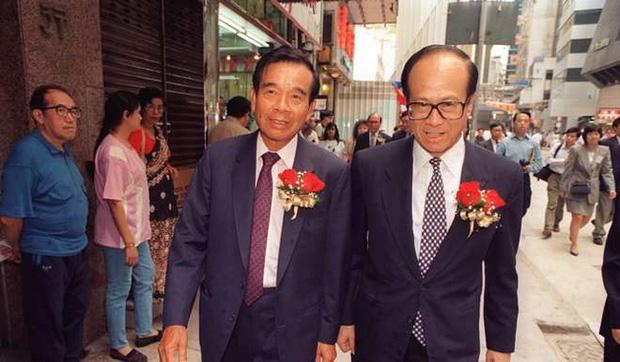 Người đứng sau đế chế trang sức Chow Tai Fook lừng danh: Từ cậu bé nghèo đến ông vua Kim Hoàn có mối thâm tình với tỷ phú Lý Gia Thành - Ảnh 8.