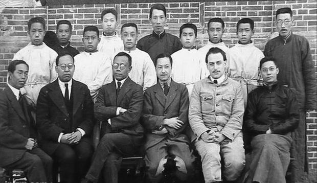 Bác sĩ đi trước thời đại Wu Lien-teh - người ngăn chặn đại dịch viêm phổi giết chết hàng ngàn sinh mạng cách đây hơn 1 thế kỷ - Ảnh 5.
