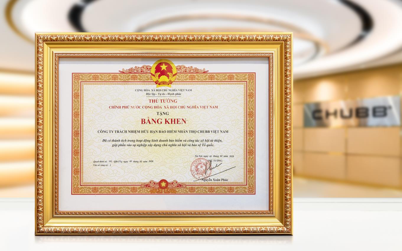 Chubb Life Việt Nam vinh dự đón nhận bằng khen của Thủ tướng Chính phủ