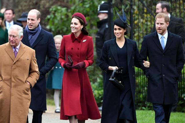 Phản ứng bất ngờ của vợ chồng Công nương Kate khi Meghan Markle sắp quay về hoàng gia Anh, đem lại mối đe dọa lớn  - Ảnh 1.
