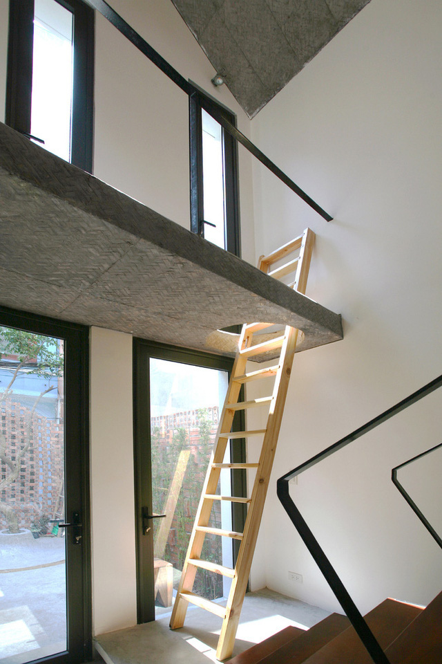 Ngôi nhà 40 m2 tối giản khác biệt trong căn hẻm nhỏ Hà Nội - Ảnh 7.
