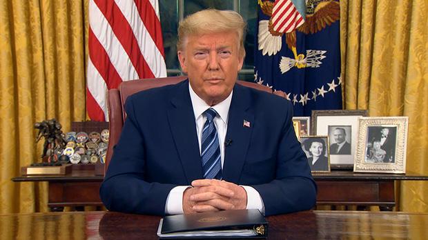 Tổng thống Donald Trump đình chỉ mọi di chuyển từ châu Âu đến Mỹ trong 30 ngày tới - Ảnh 1.