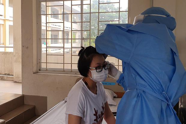 Tất cả 115 ca nghi nhiễm Covid-19 tại TP.HCM đều đã âm tính, tiếp tục xác minh 10/35 người bay cùng nữ bệnh nhân 34 - Ảnh 1.