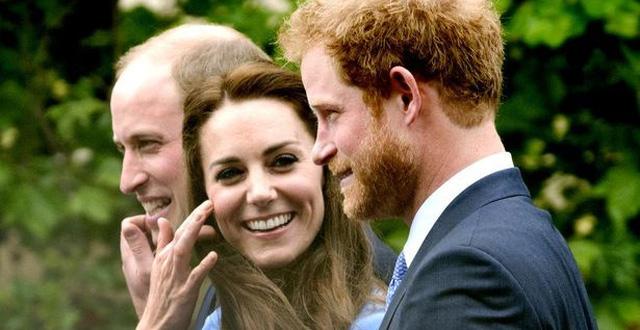 Nỗi buồn ít ai biết của Công nương Kate sau rạn nứt hoàng gia và Hoàng tử Harry lần đầu trải lòng về sự ra đi đột ngột - Ảnh 1.