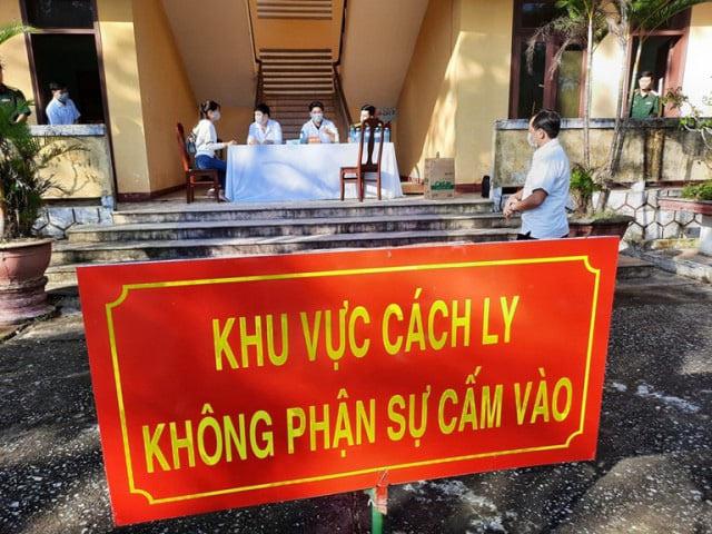 9 khách sạn, resort tại Tp.HCM đăng ký làm nơi cách ly dịch Covid-19 - Ảnh 1.