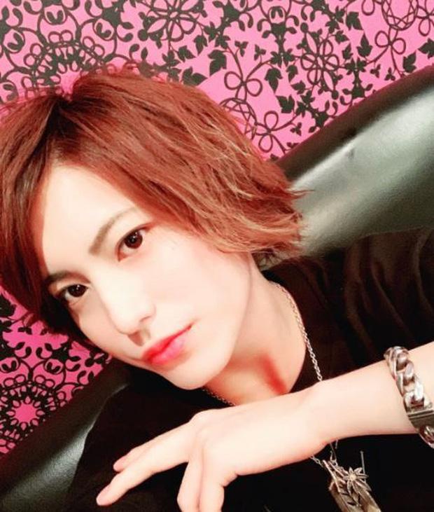 Hành nghề người yêu chuyên nghiệp, chàng trai Nhật Bản không cần tốn nhiều công sức cũng kiếm tiền tỷ mỗi năm khi cùng lúc có tận 15 bạn gái - Ảnh 3.