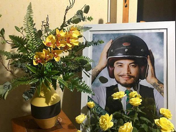 4 năm ngày mất, vợ con và ban nhạc Bức Tường đến viếng mộ cố nhạc sĩ Trần Lập: Người đã ra đi nhưng cái tình còn mãi! - Ảnh 8.