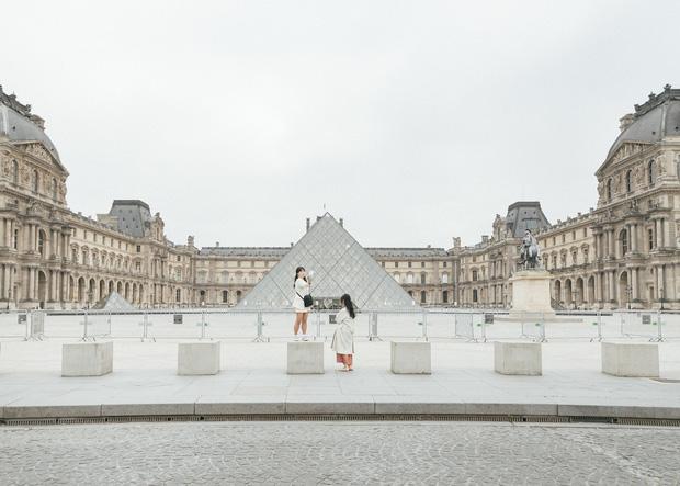 Paris ngày đầu phong tỏa: Kinh đô ánh sáng bỗng chốc trở nên hoang vu đến lạ kỳ - Ảnh 1.