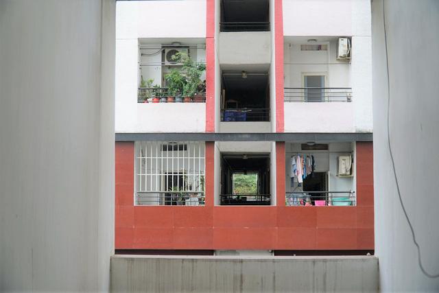 Cuộc sống trong chung cư duy nhất có căn hộ 25 m2 được Bộ Xây dựng chấp thuận - Ảnh 2.