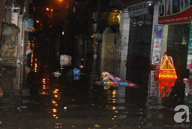 Trận mưa ở Hà Nội chiều hôm qua lớn nhất trong 50 năm - Ảnh 2.