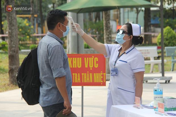Ảnh: Diễn tập tình huống trên 30.000 người mắc Covid-19 tại Việt Nam - Ảnh 10.