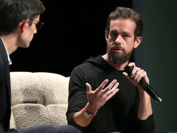 Cuộc sống lạ lùng của CEO Twitter: Ăn một bữa/ngày, tắm nước đá, có thể bị các nhà đầu tư chủ động đuổi việc bất cứ khi nào - Ảnh 19.
