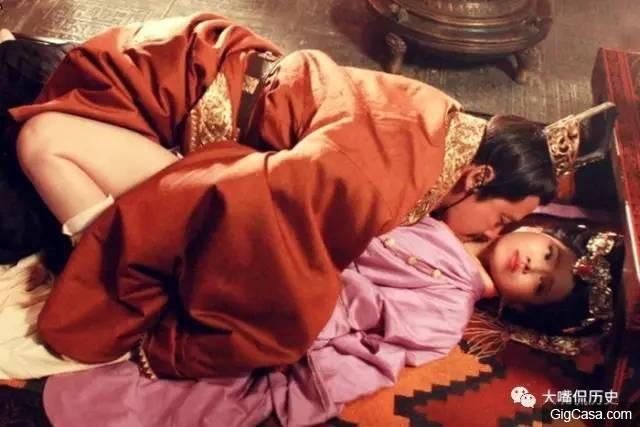 Chuyện bên trong vương triều tồn tại 28 năm trong lịch sử Trung Hoa: Cung nữ không được phép mặc y phục và bị rút xương làm thành đàn tì bà - Ảnh 3.