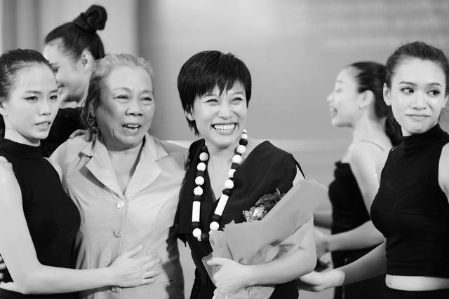 """Giám đốc nhà hát Nhạc vũ kịch VN, đạo diễn - biên đạo múa Trần Ly Ly: """"Đã đến lúc những sản phẩm nghệ thuật lớn trở thành nhu cầu thật của xã hội"""" - Ảnh 9."""