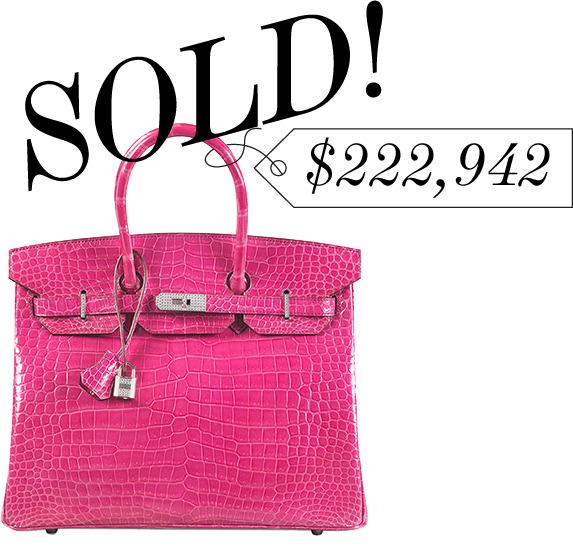 Chiếc màu hồng này đã vượt qua cả kỷ lục chiếc Birkin đỏ đậm từng thiêu đốt sàn đấu Christie New York vào năm 2011 khi rốt giá 203.000 USD.