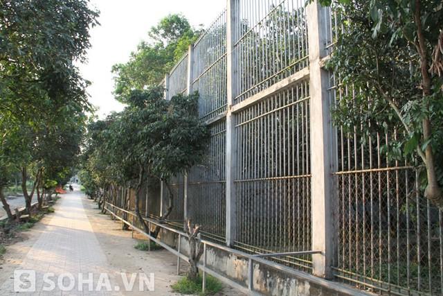 Dự án khu du lịch sinh thái Trại Bò của đại gia Lê Thanh Thản (ông chủ Doanh nghiệp tư nhân xây dựng số 1 tỉnh Điện Biên) đóng trên địa bàn xã Diễn Lâm (Diễn Châu) rộng chừng 100 ha. Trong đó, vườn thú hoang dã được xây dựng trên diện tích 35 ha.