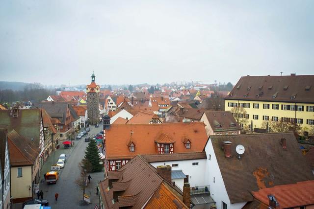 Thị trấn Herzogenaurach là quê hương của cả hai thương hiệu giày thể thao nổi tiếng Adidas và Puma