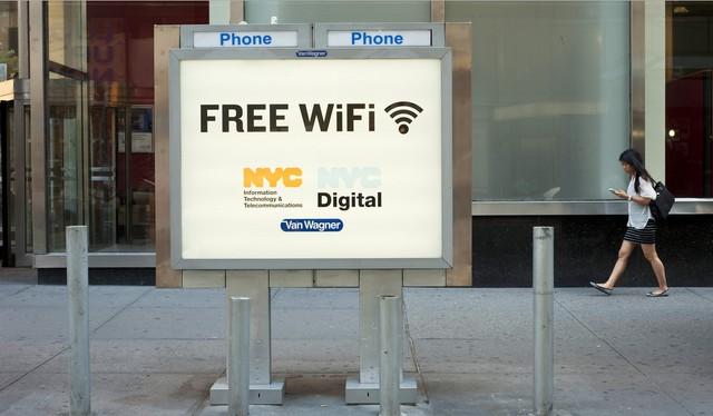 Những biển hiệu Wifi này sẽ xuất hiện ngày càng dày đặc ở New York và nhiều thành phố lớn khác.