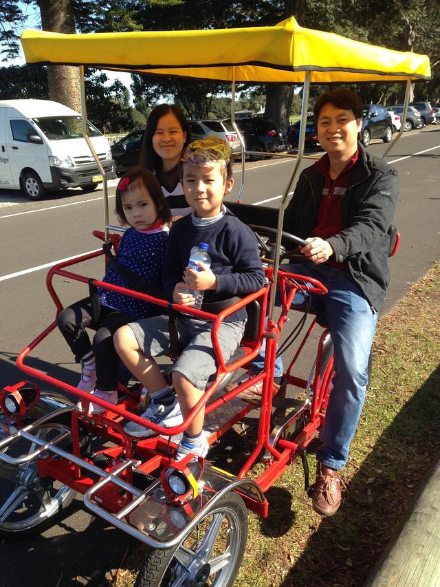 Gia đình hạnh phúc của Nguyễn Thành Vinh