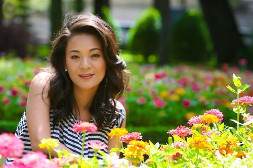 Bà bầu bóng đá Huỳnh Trang Nhi nói không với sản phẩm của Tân Hiệp Phát