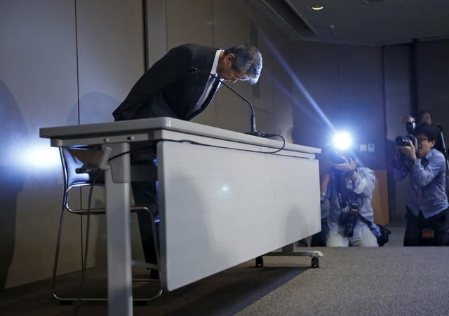 CEO Hisao Tanaka và phó chủ tịch Norio Sasaki được cho là sẽ từ chức vào tháng 9 tới.