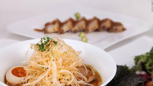 Các món ăn đều chứa đựng sự cầu kỳ và mỹ học như văn hóa Nhật Bản.