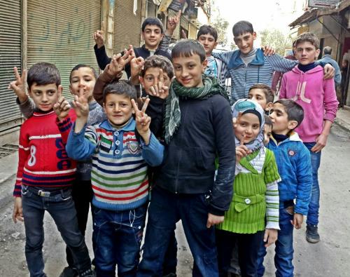Cuộc sống tại Syria theo tên này miêu tả là khá đầy đủ, điện nước và Internet ở khắp nơi.