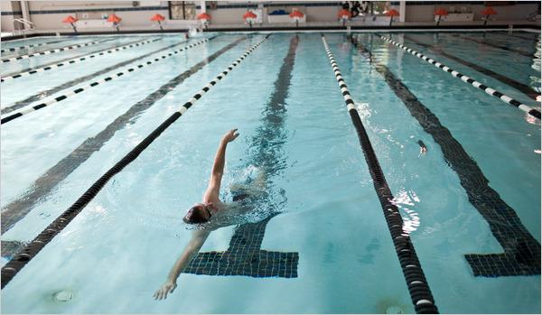 Bể bơi - 1 trong nhiều dịch vụ dành cho lao động của SAS.