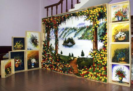 Bức tranh bằng hoa tươi ướp lớn nhất Việt Nam