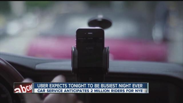 Giá xe Uber tăng cao hơn mức bình thường trong đêm giao thừa tại New York