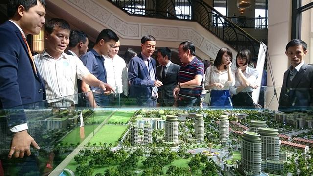 Tuổi Tỵ năm nay được cho là sẽ gặp nhiều may mắn trong kinh doanh nhà đất