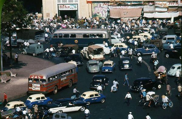 Chợ Bến Thành.
